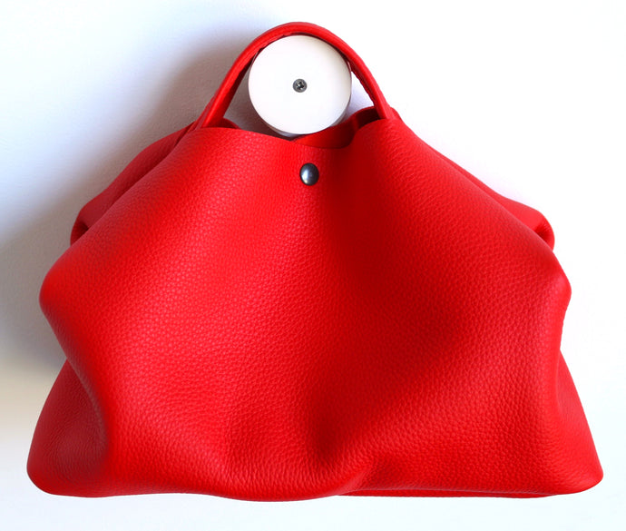 owl frrry bag leather. pepper colour red. handle.
