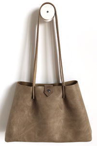 Amos frrry shoulder bag long handle sabbia sand suede calf leather