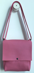 Golden loop. frrry. shoulder bag. loop handle strap. pink