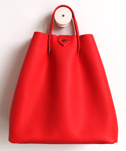 Monday frrry tote bag. shoulder strap. pepper red