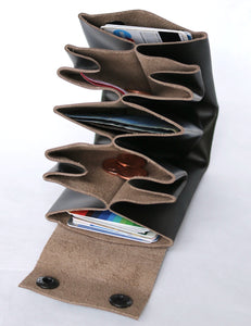 A4 wallet frrry in use filled with coins, paper money and credit cards example, how it works. leather black-hiding-brown
