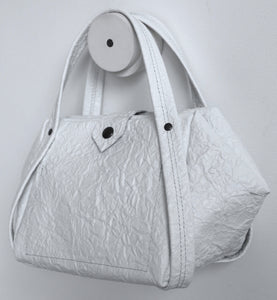 bes frrry bag white paper-effect leather.