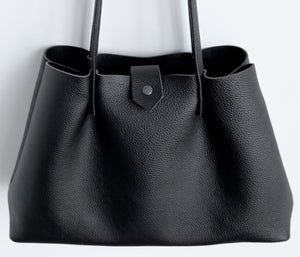 Amos frrry shoulder bag long handle black lindos calf leather. view from above. carry all totebag