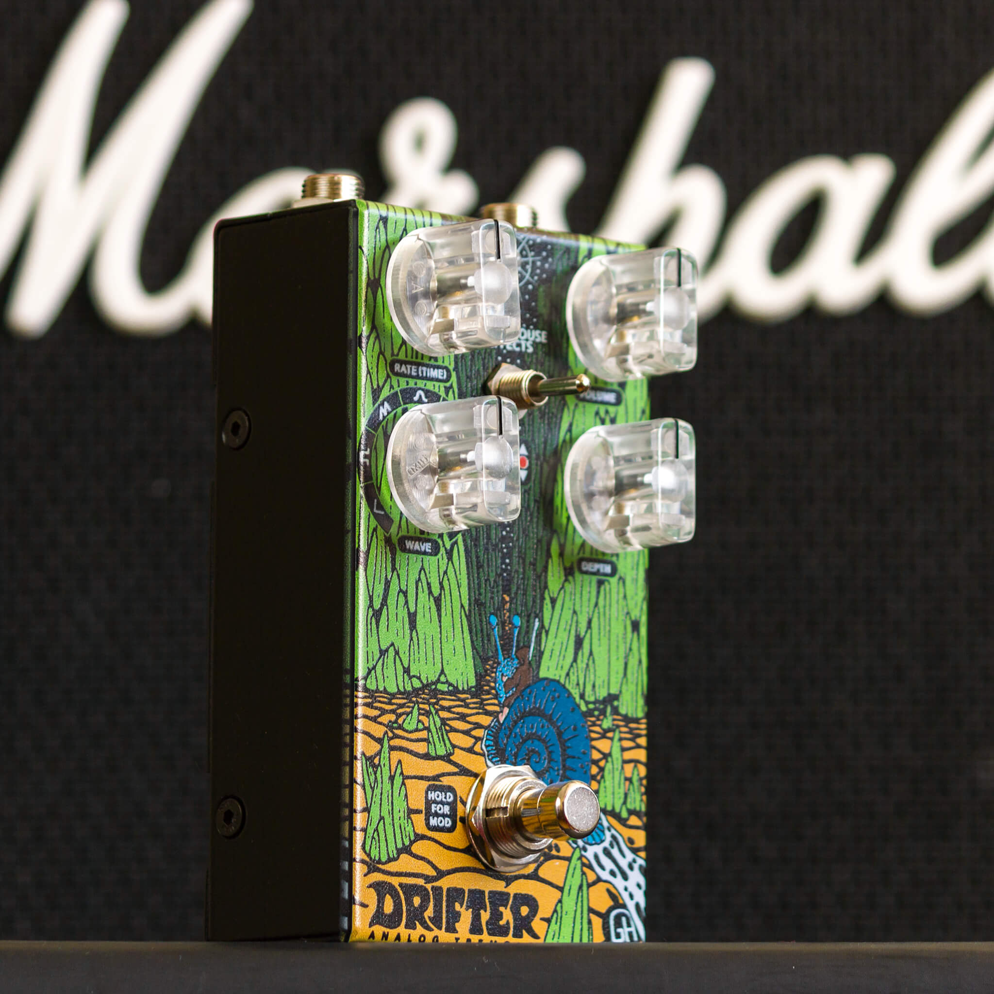 GREENHOUSE EFFECTS Drifter right context - Boost Guitar Pedals