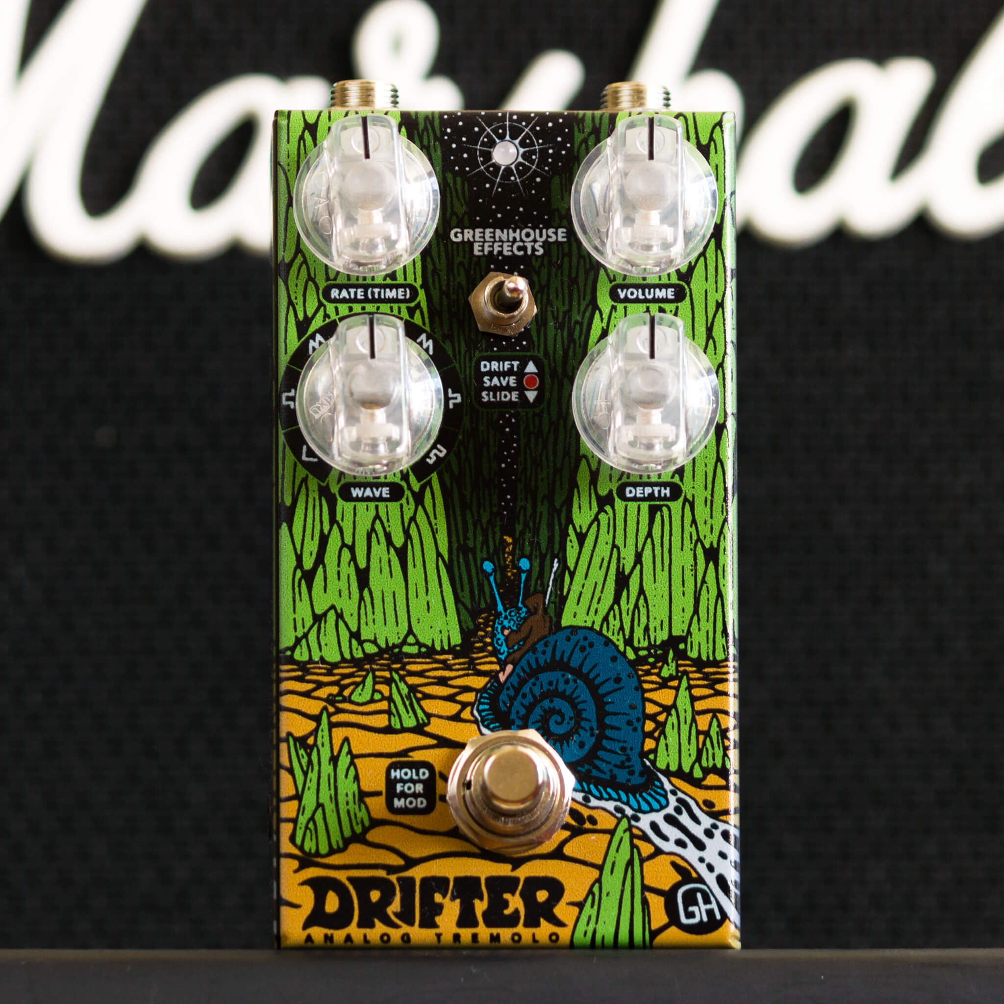 GREENHOUSE EFFECTS Drifter front context - Boost Guitar Pedals