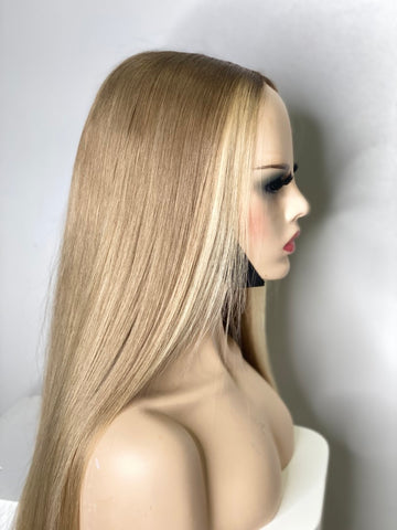 5by5 blonde lace wig