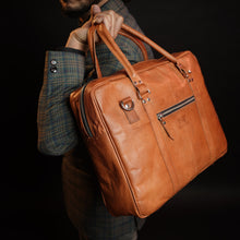 Load image into Gallery viewer, Vintage Brown Executive Leather Briefcase