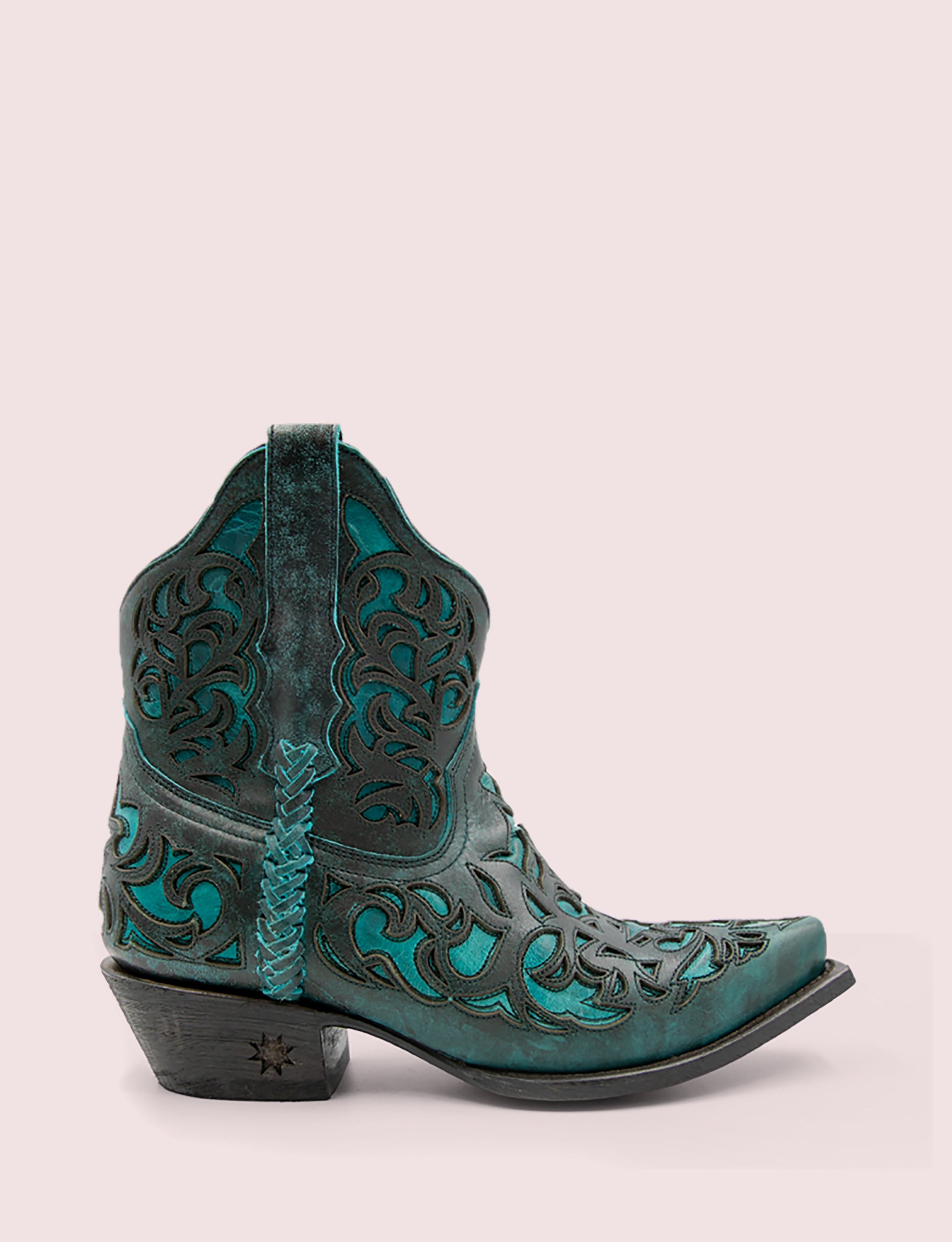 Terlingua | featured dark-teal-teal