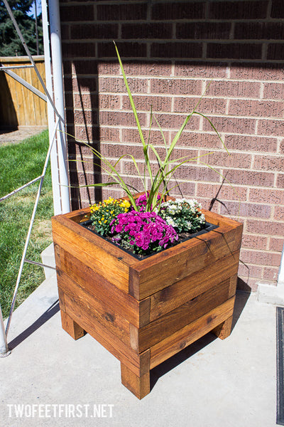 Simple Cedar Planter Box Plan