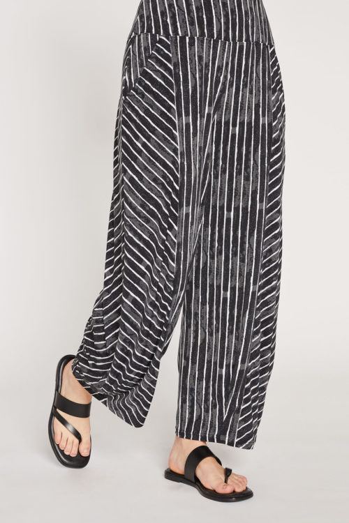 Sympli Lantern Pant in Painted Lines