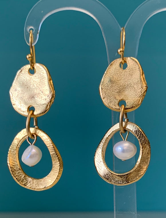 Susan Shaw drop earring
