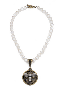 French Kande - Pearl Necklace with Miel Stack Medallion