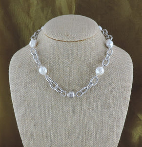 "16"" Silver Link and Baroque Pearl Necklace with Magnetic Clasp"