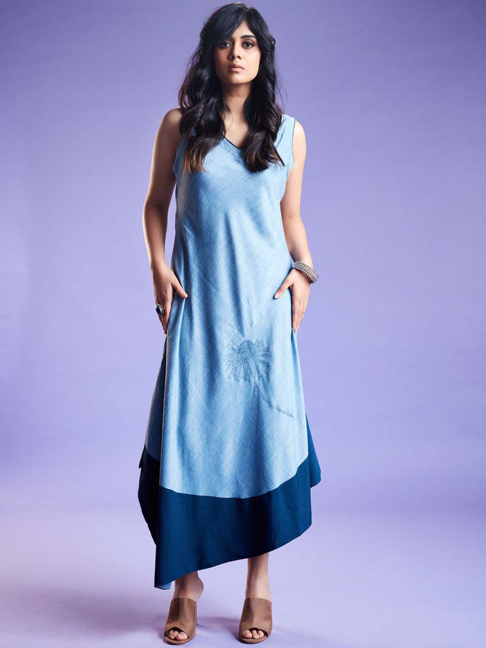 Baanwri Light Blue Linen Labby Silk Kurti