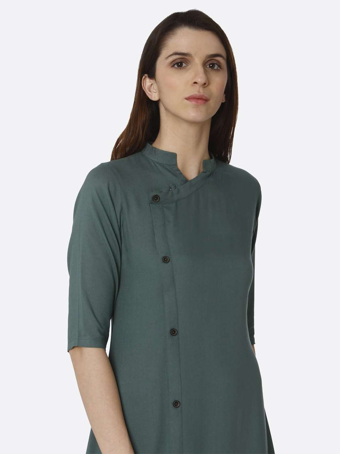 Right Side Solid Rayon A-Line Dress With Green Color