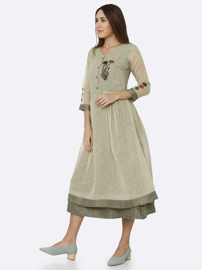 Left Side Green Solid Muslin A-Line Dress