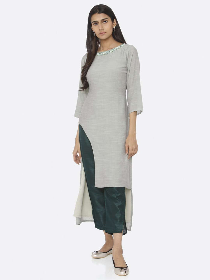 Front Side Sea Green Embellished Chiffon & Silk Straight Kurta Set