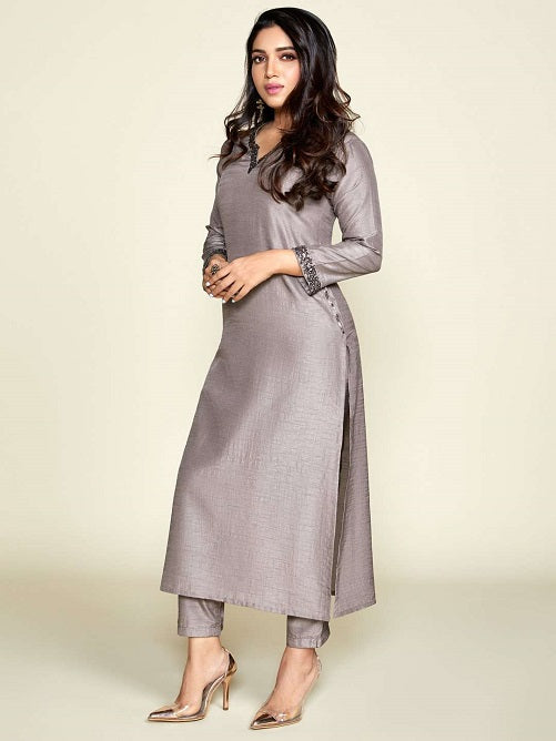 Left Side Grey Embellished Silk Straight Kurta Set With Grey Palazzo Pant