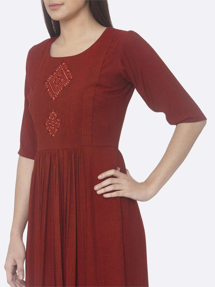Half Sleeve Red Solid Weaving and Embroidered Two Tone Viscose A-Line Dress