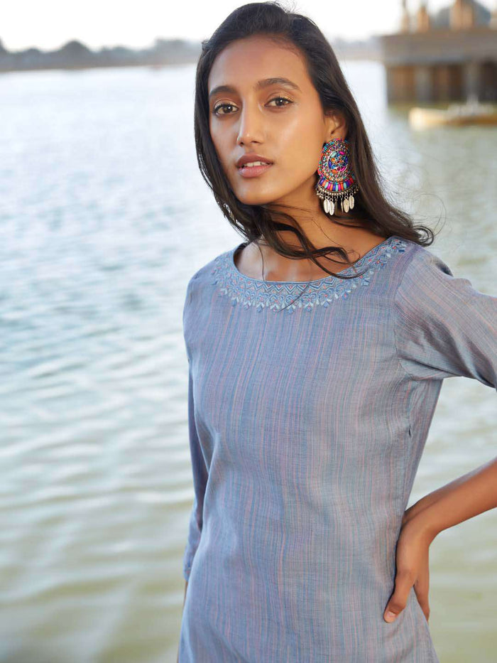 Grey Solid Weaving Cotton Asymmetrical Kurti With Pant