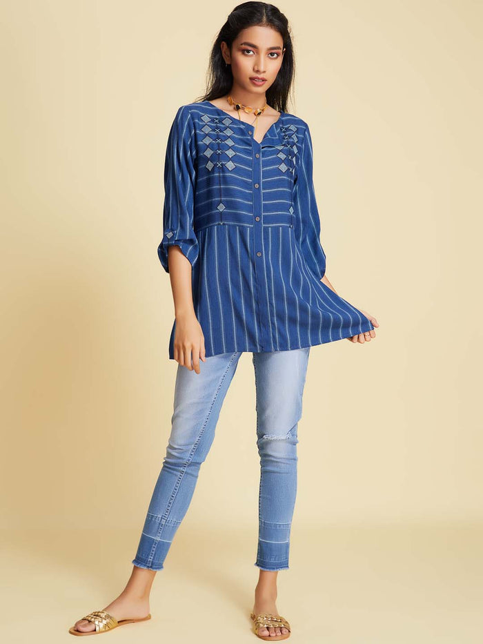 Round Neck Embroidered Viscose Tunic