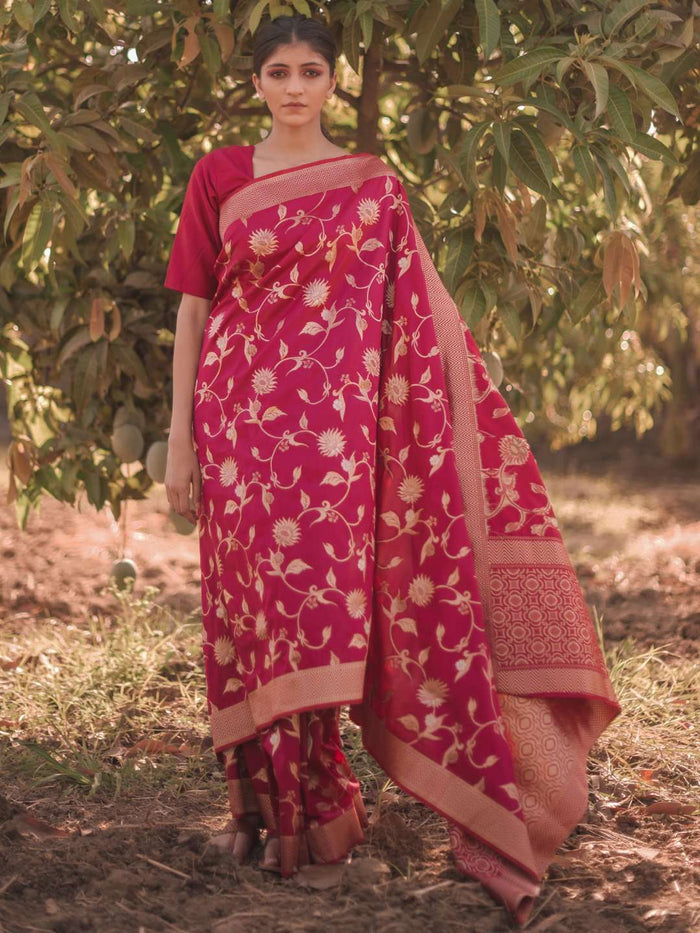 Red Woven Silk Traditional Banarasi Saree