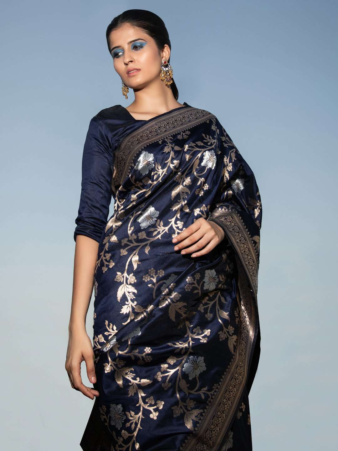 Front Side Navy Blue Floral Woven Design Art Silk Banarasi Saree