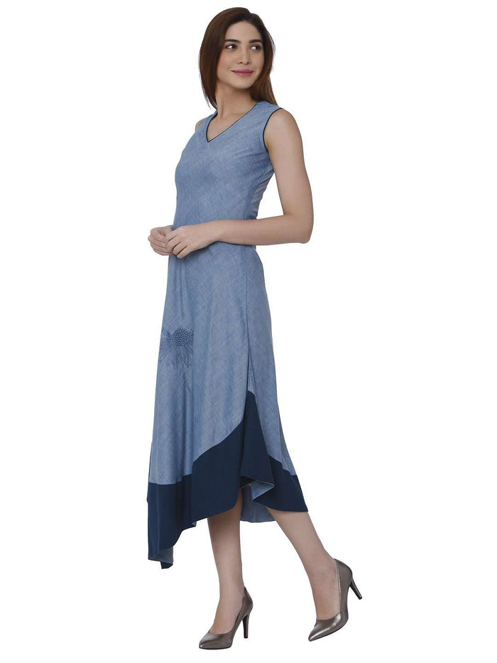 Left Side Linen Labby Silk Kurti With Baanwri Light Blue Color