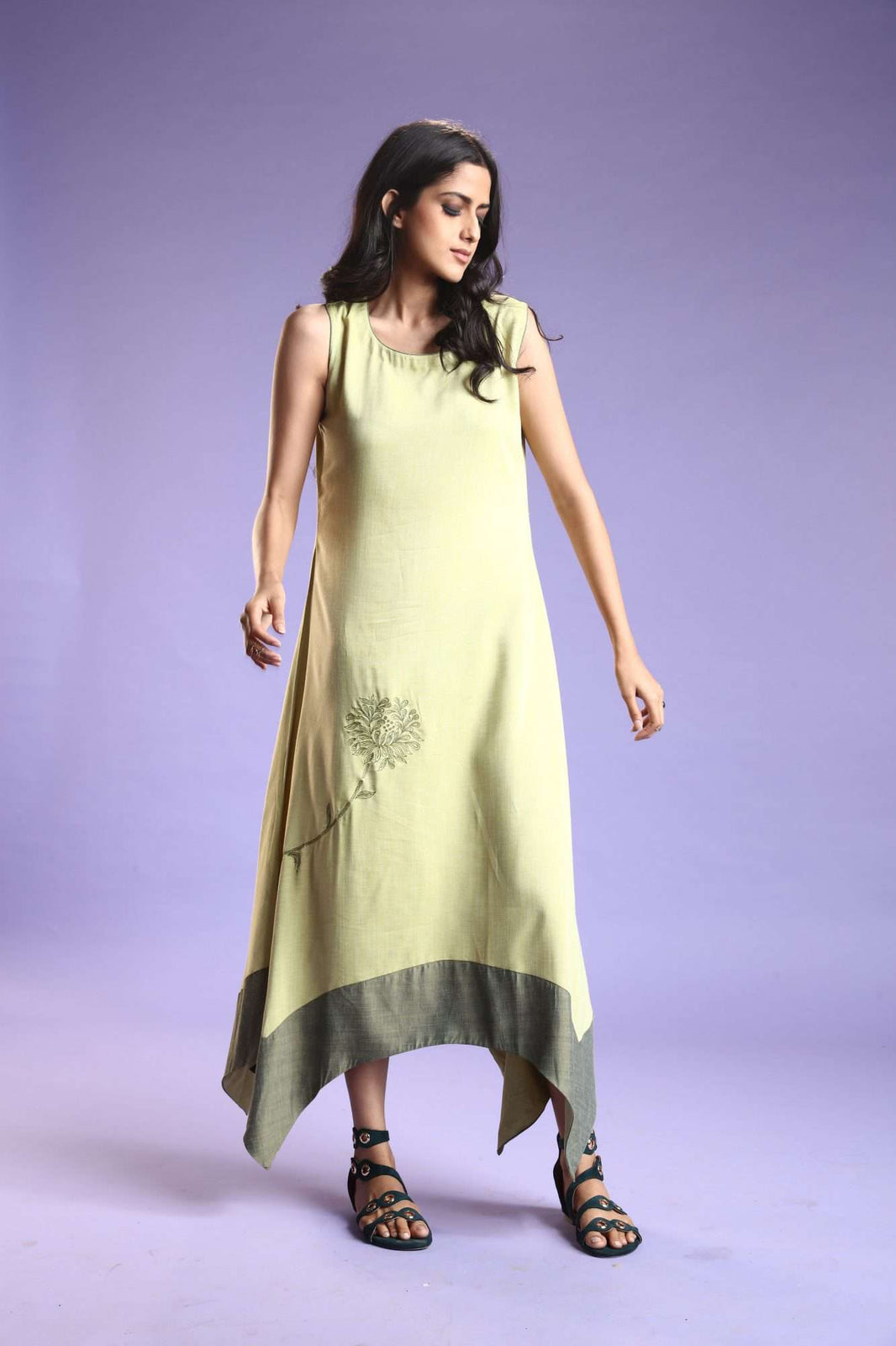 Front Side Linen Silk Kurti With Banjaran Green Color