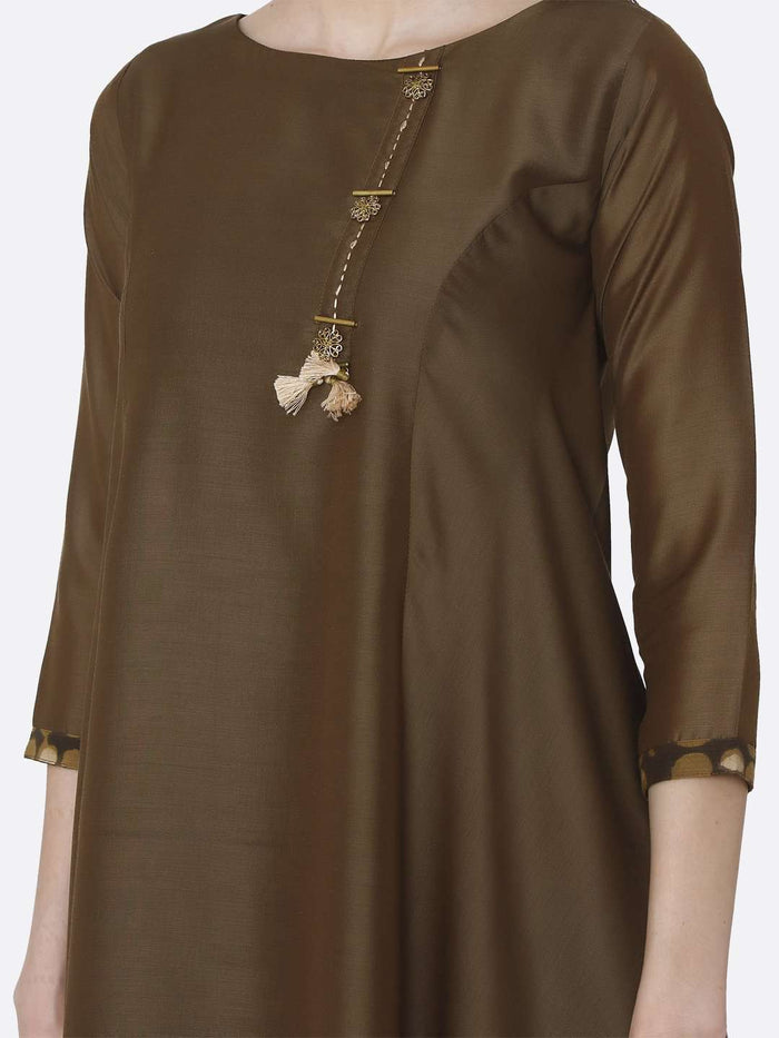 Front Side  Plain Muslin Viscose Asymmetric Tunic With Brown Color