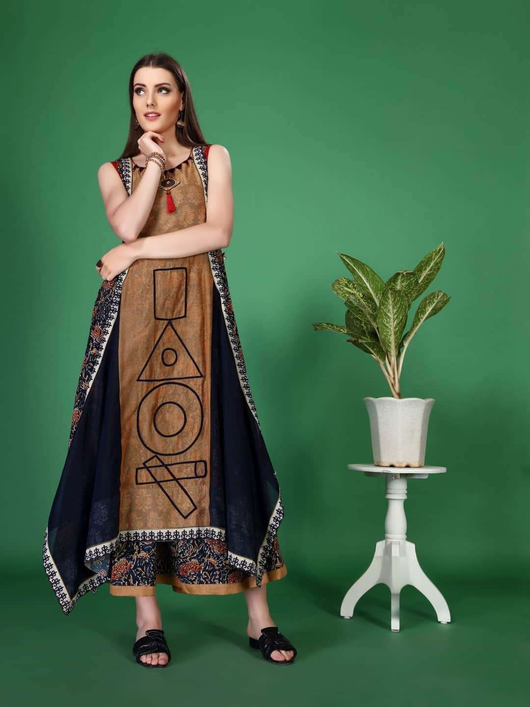 Front Side Rayon Printed Kurti With Brown & Navy Blue Color