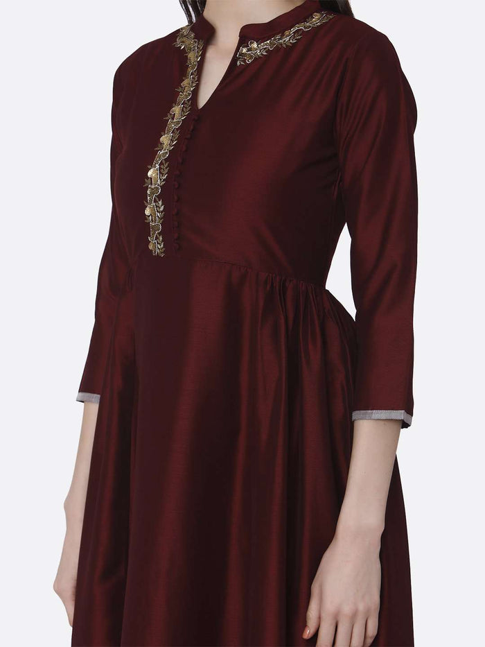 Left Side Embroidered Viscose Long Plain Kurti With Maroon Color