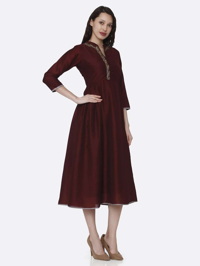 Right Side Embroidered Viscose Long Plain Kurti With Maroon Color