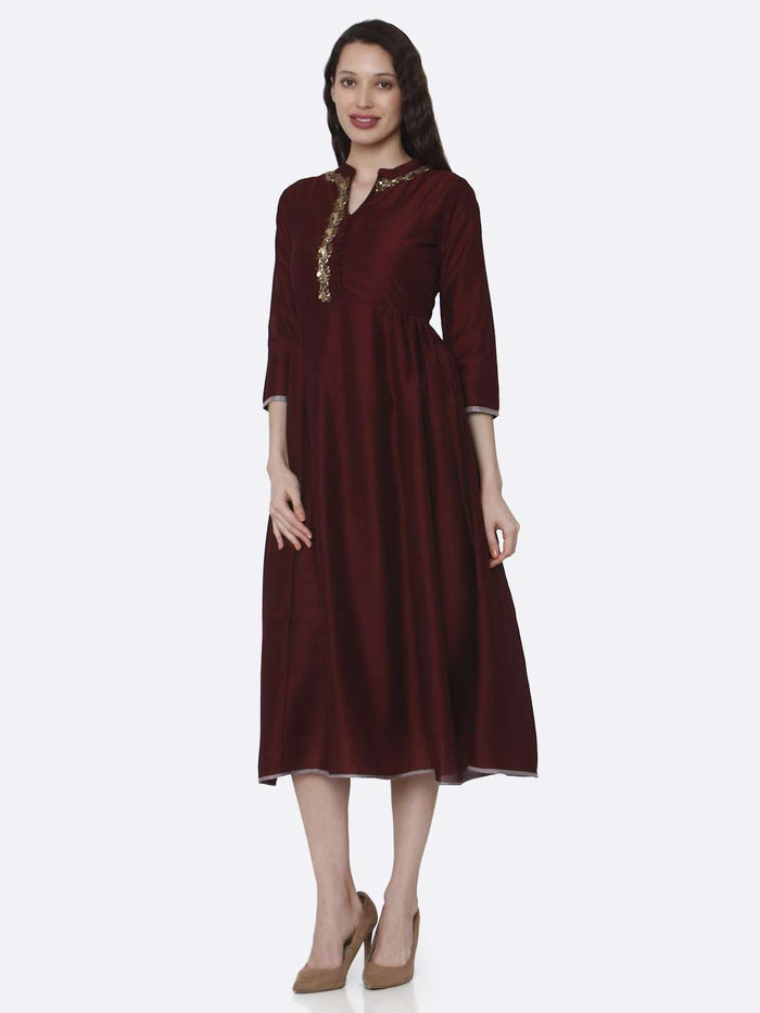 Front Side Embroidered Viscose Long Plain Kurti With Maroon Color