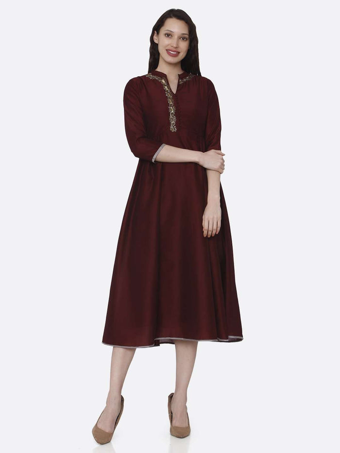 Full Front Embroidered Viscose Long Plain Kurti With Maroon Color
