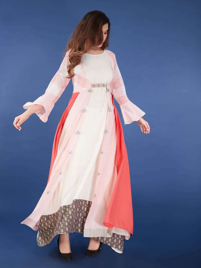Front Side Off-white Maxi Dress with Pink Checkered Flared Cape