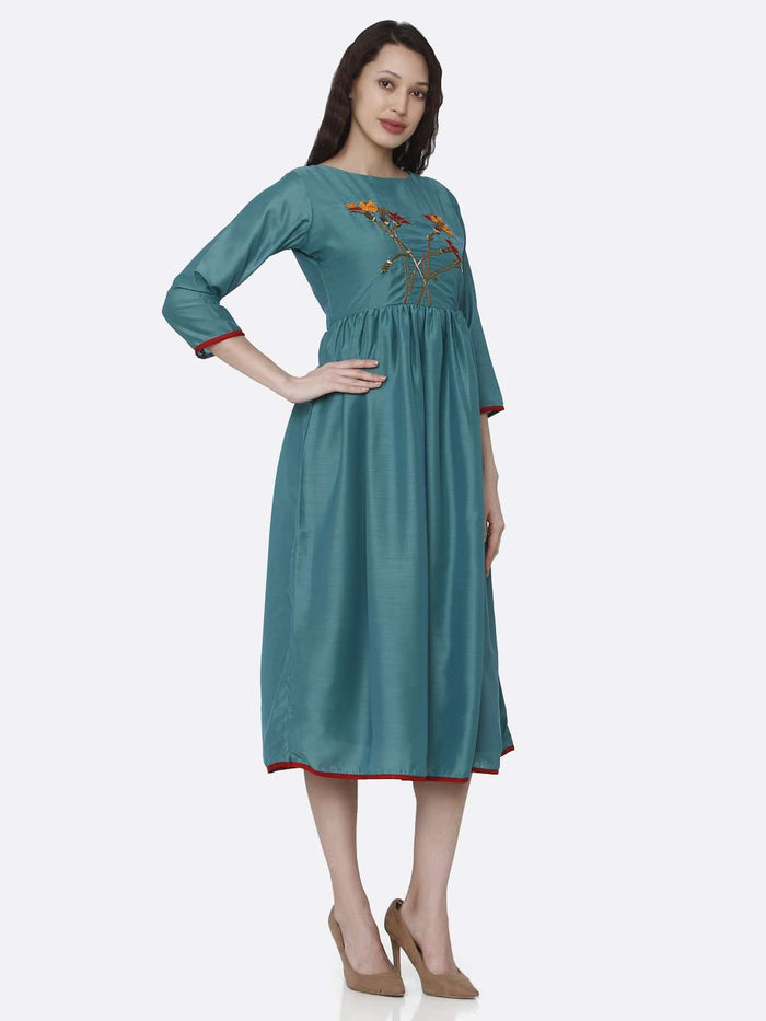 Right Side Embroidered Viscose Plain Long Kurti With Turquoise Kurti