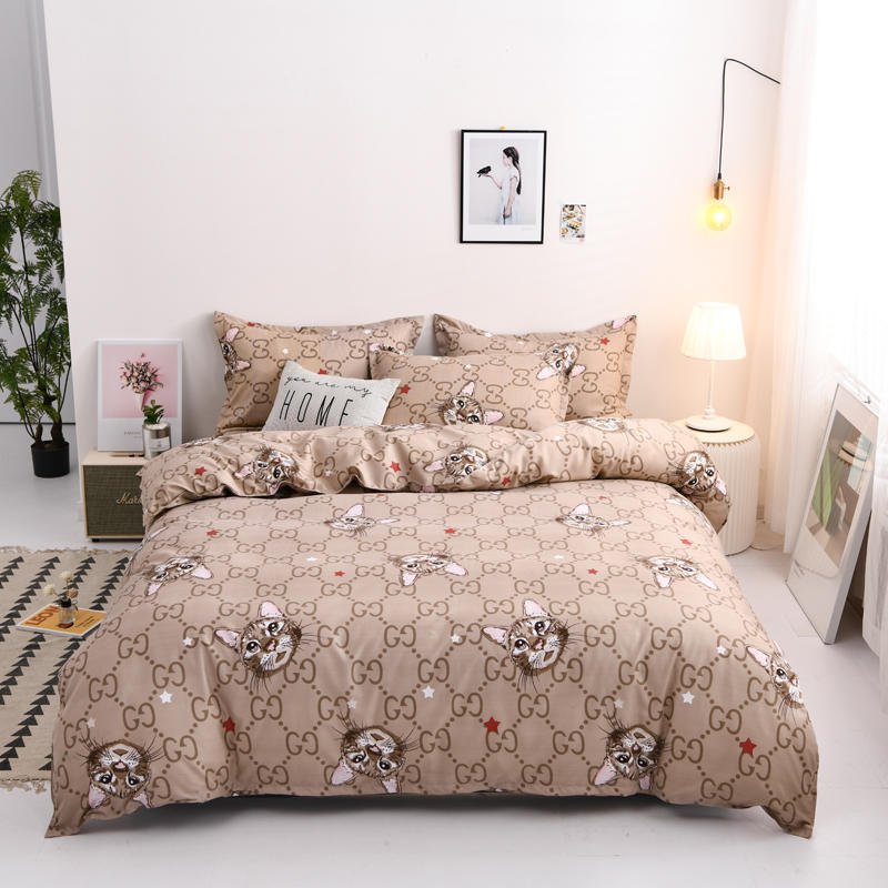 Luxury Printed Bedding Set For Home