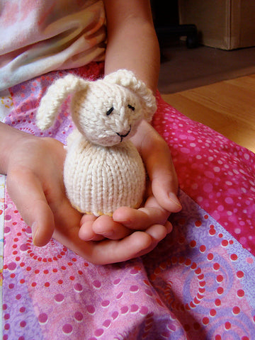 Reversible Duck/Bunny - ImagiKnit's Free Pattern Friday