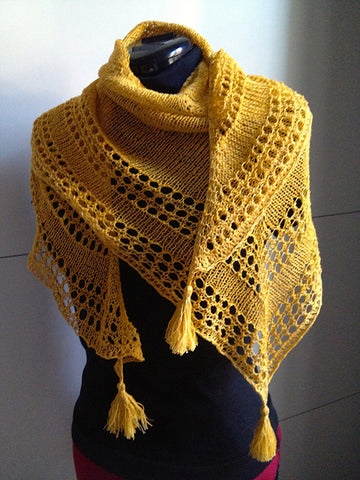 Light and Up shawl - Free Pattern Friday (featuring Malabrigo Sock)