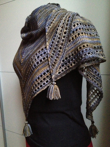 Light and Up shawl - Free Pattern Friday with Malabrigo Sock