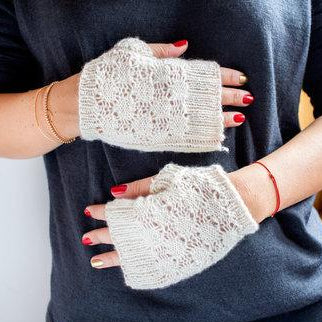 Cashmere Dot Lace Mitts Free PDF Download