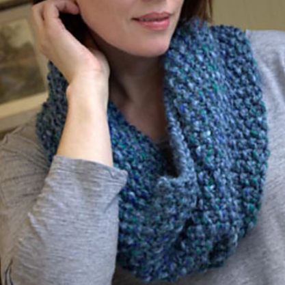 F607 Seed Stitch Cowl Free PDF Download