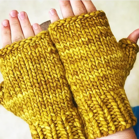 Hand Snugglers Fingerless Mittens Free PDF Download