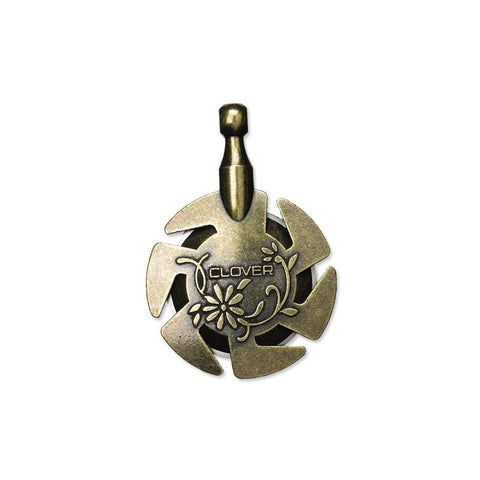 Clover 3105 Yarn Cutter Pendant in Antique Gold