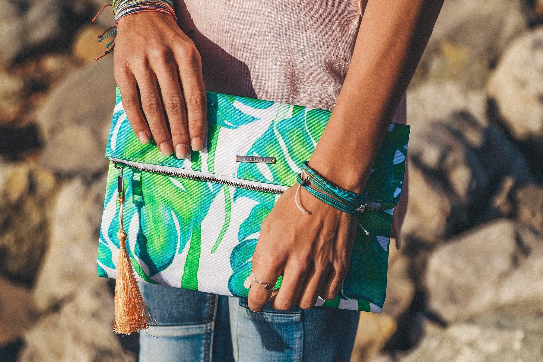 VIDA Leather Statement Clutch - Palm of Your Hand by VIDA 53lpiwetVT
