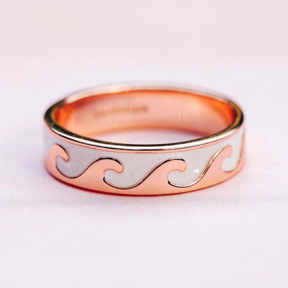 Reversible Enamel Wave Ring 8
