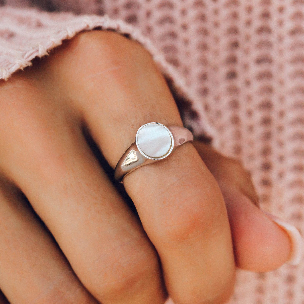 Mother of Pearl Signet Ring 3