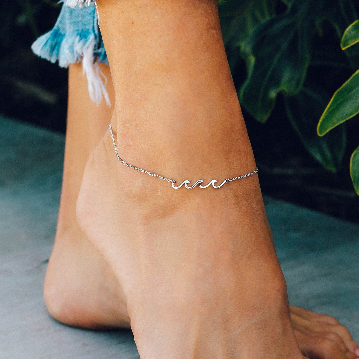 Delicate Wave Anklet Photo 4