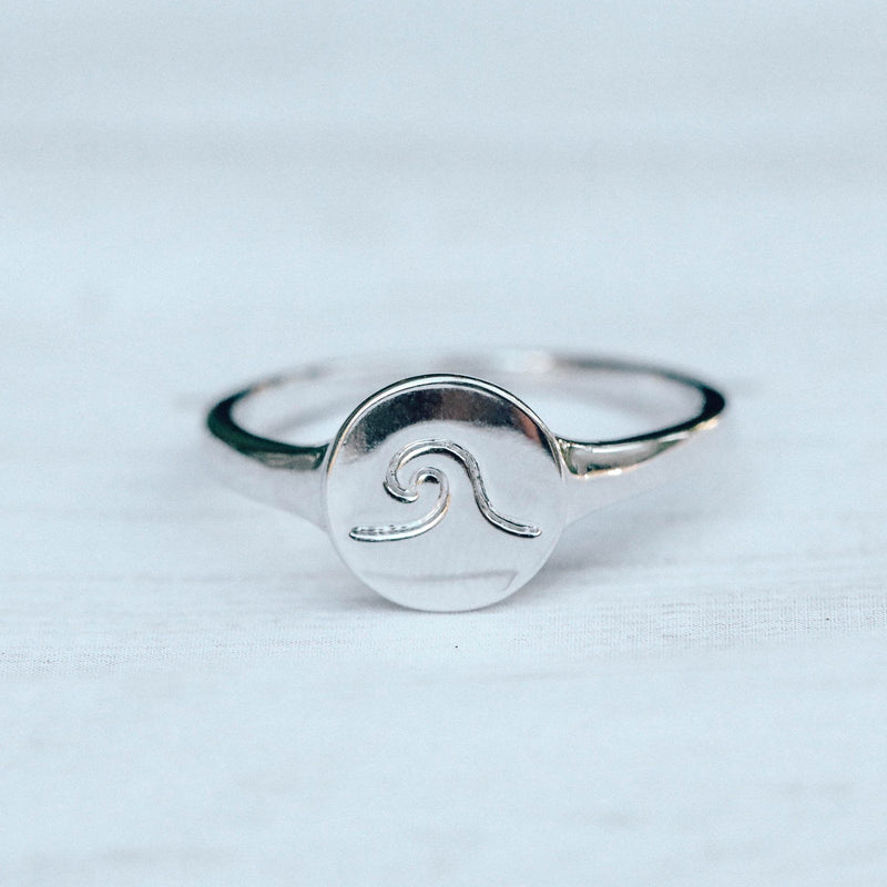 Wave Coin Ring 6